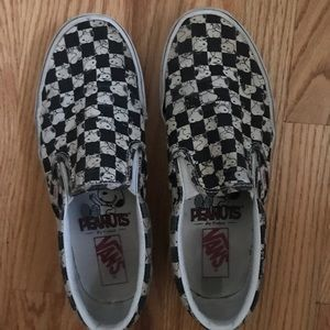 limited edition PEANUTS checkered vans